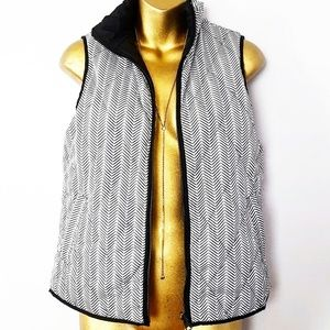 The Limited chevron quilted puffer vest xs